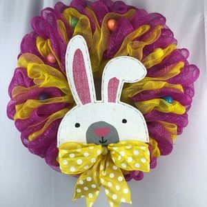 BOW TIE BUNNY Easter Wreath. NWOT.